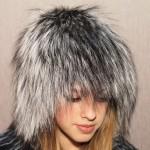 Как хранить меховую шапку